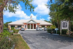 1560 Periwinkle Way, Sanibel