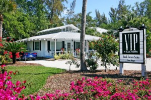 2000 Periwinkle Way, Sanibel